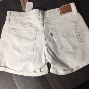 Levi's Shorts - Brand New Levi's white mid length short sz 29